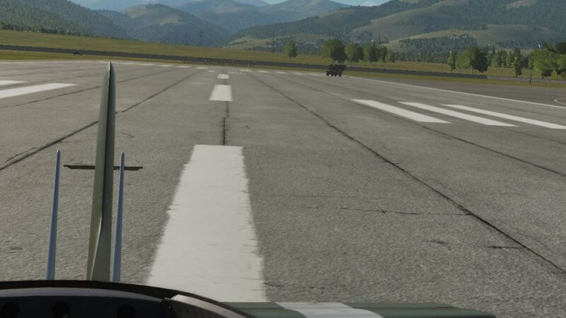 TF-51D タキシング練習